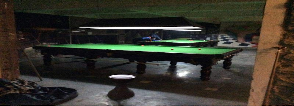 Rolling Snooker Parlour Sikandra Billiard Pool Parlours In Agra - Rolling pool table
