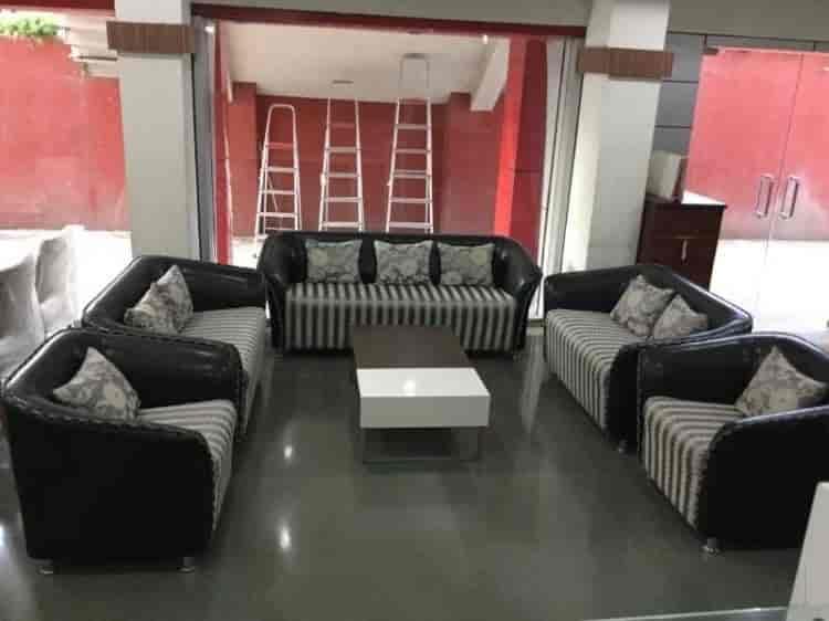 Furniture World Savedi Ahmednagar Office Furniture Dealers
