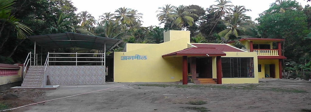 Alibaug Anmol Bungalow With Swimming Pool