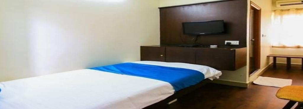 Hotel Scarlet