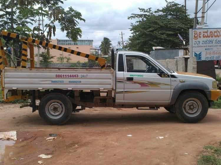 Towing Services - Sri Maruthi Car Care Images, Devanahalli, Bangalore - Car Towing Services