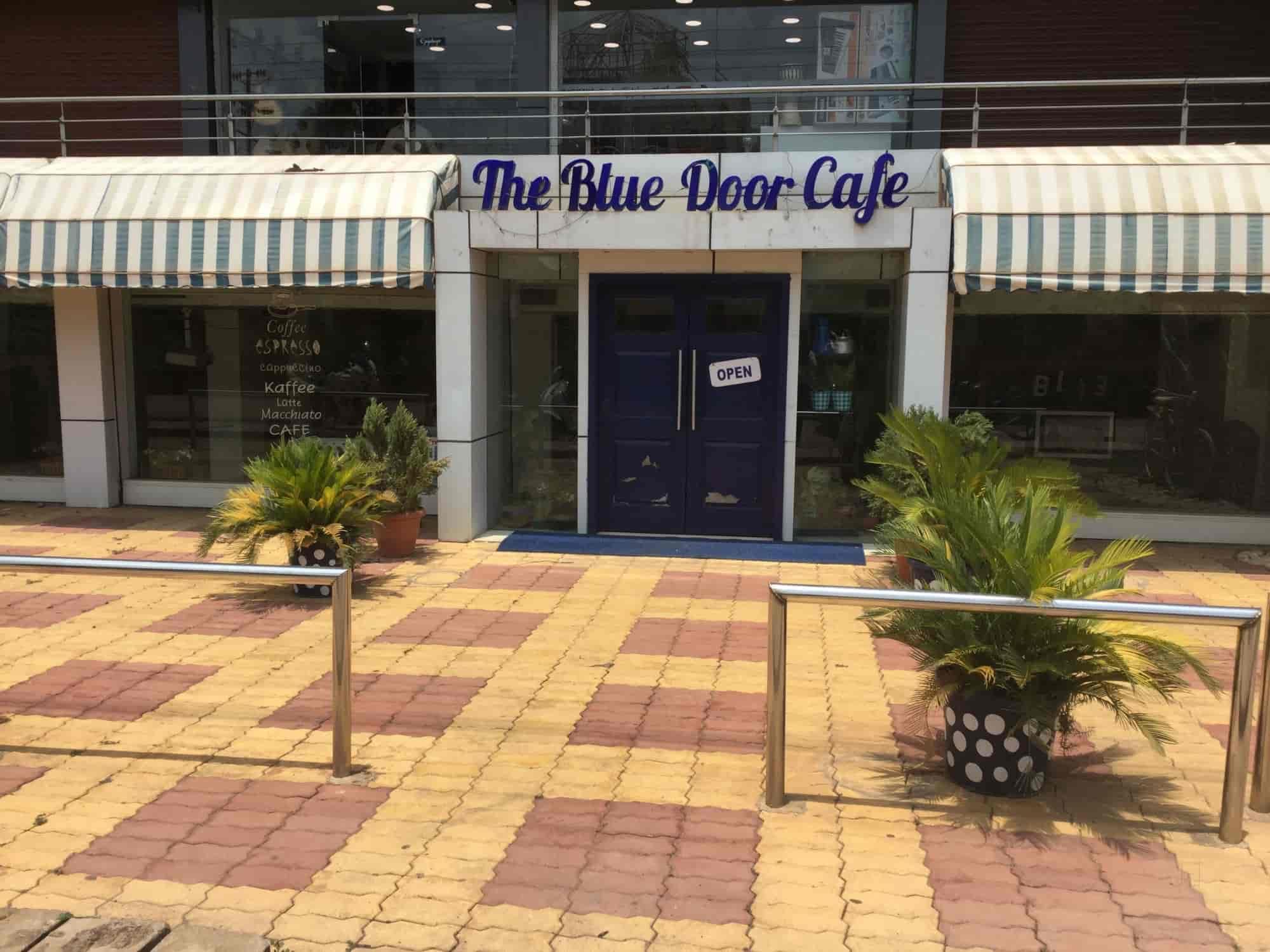 Blue Door Cafe & Blue Door Cafe Nehru Nagar West Durg - Coffee Shops - Justdial