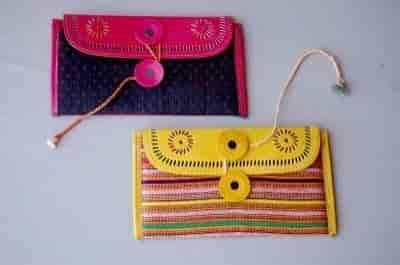Top 4 Handicraft Item Dealers In Bhujodi Best Handicraft Item