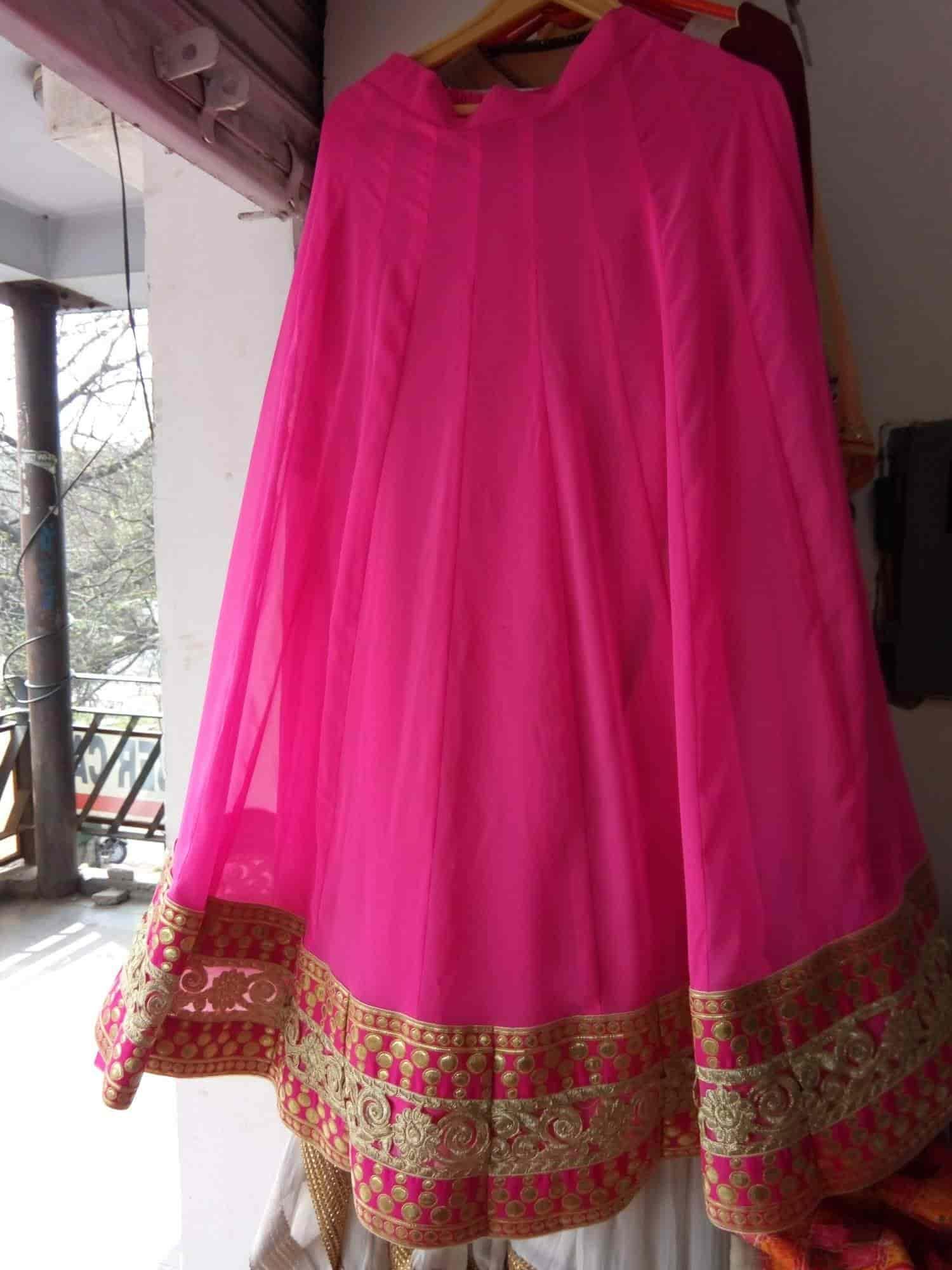 Rajnit Designer Boutique, Chandigarh Sector 40d - Boutiques