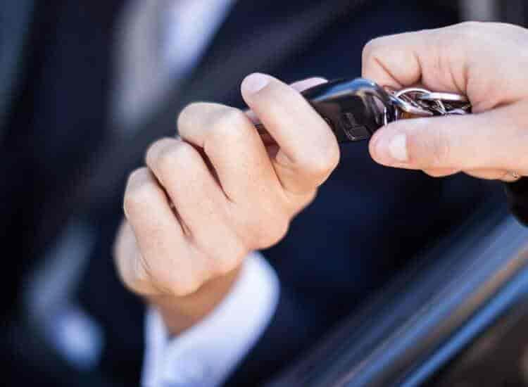 Girnar Software Pvt Ltd, Govind Nagar - Car Dealers-Renault