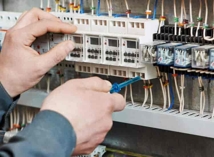 Top 50 Electricians