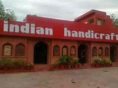 Top 3 Indian Handicraft Dealers Near Qutub Minar Mehrauli Delhi
