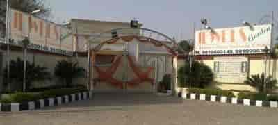 jewels garden Delhi Farm House On Hire For Marriage Justdial