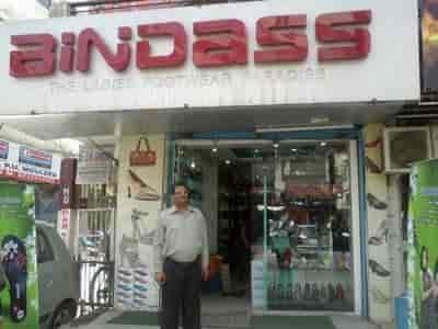 Ladies footwear dealers in delhi