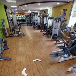Anytime Fitness Safdarjung Enclave Gyms In Delhi Justdial