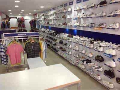 Find list of Reebok Stores in Karol