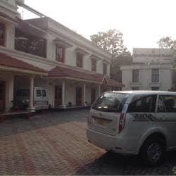 Quality Airport Hotel Nayathode Hotels In Ernakulam