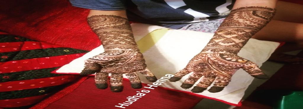 Hudha S Henna Mehndi Designs Vyttila Mehendi Artists In