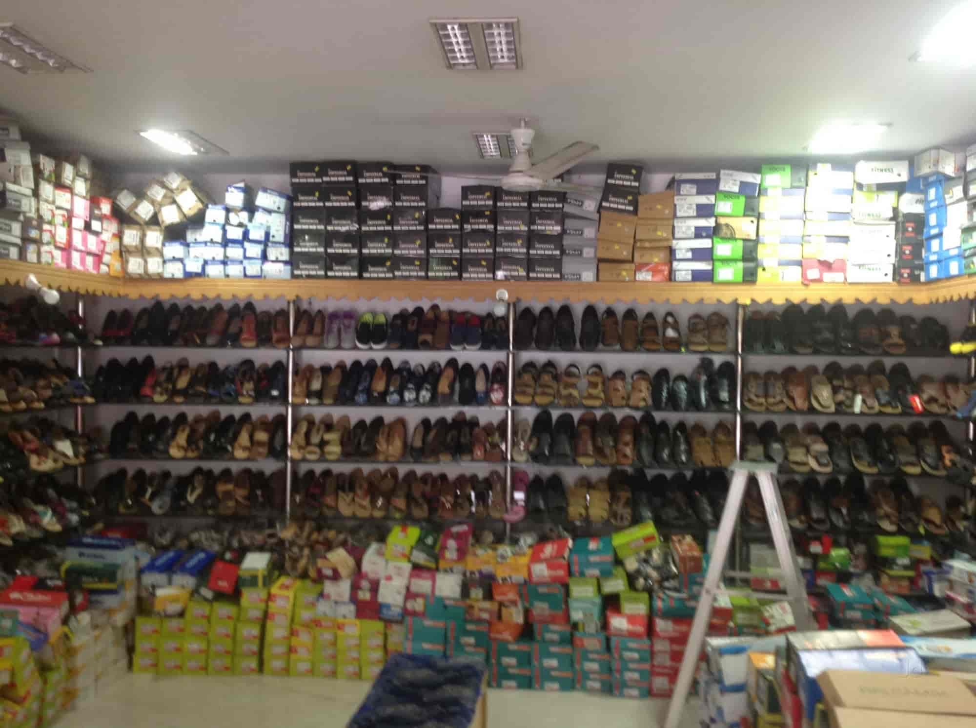 Red Tape Shoe Dealers Ernakulam
