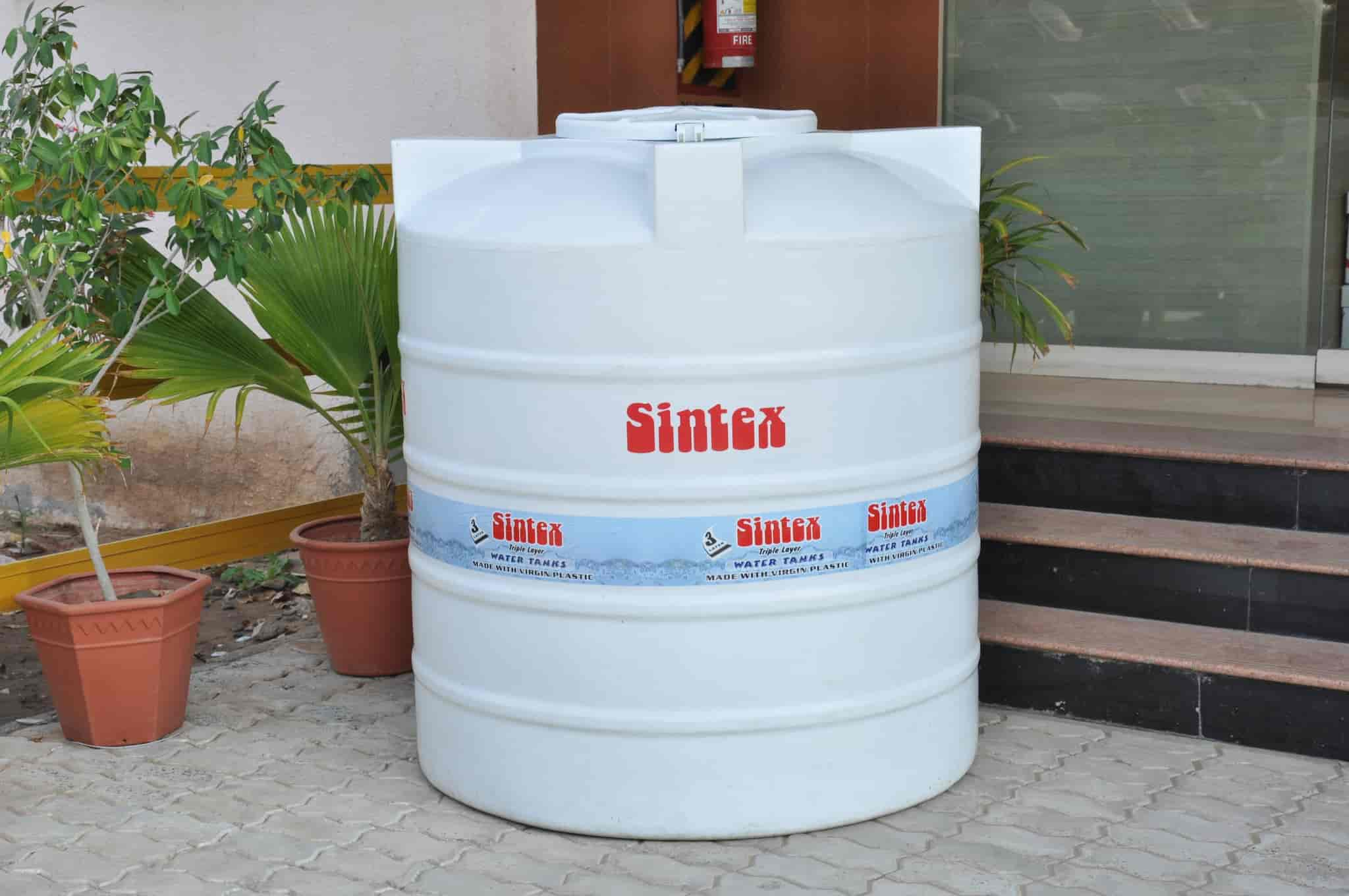 Plastic P4 International 4 Layer Water Storage Tanks Capacity 300 10000 Liter Rs 12 5 Litre Id 20818518291
