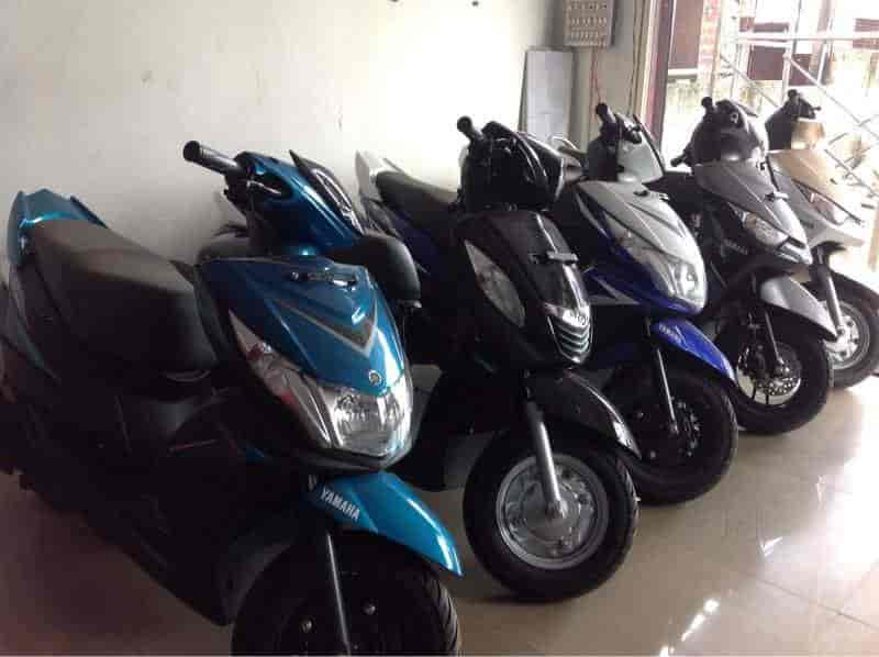 Speed Motors, Angamaly - Motorcycle Dealers-Yamaha in