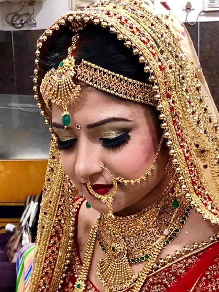 Eves Beauty Parlour, Gandhi Nagar - Beauty Parlour Classes