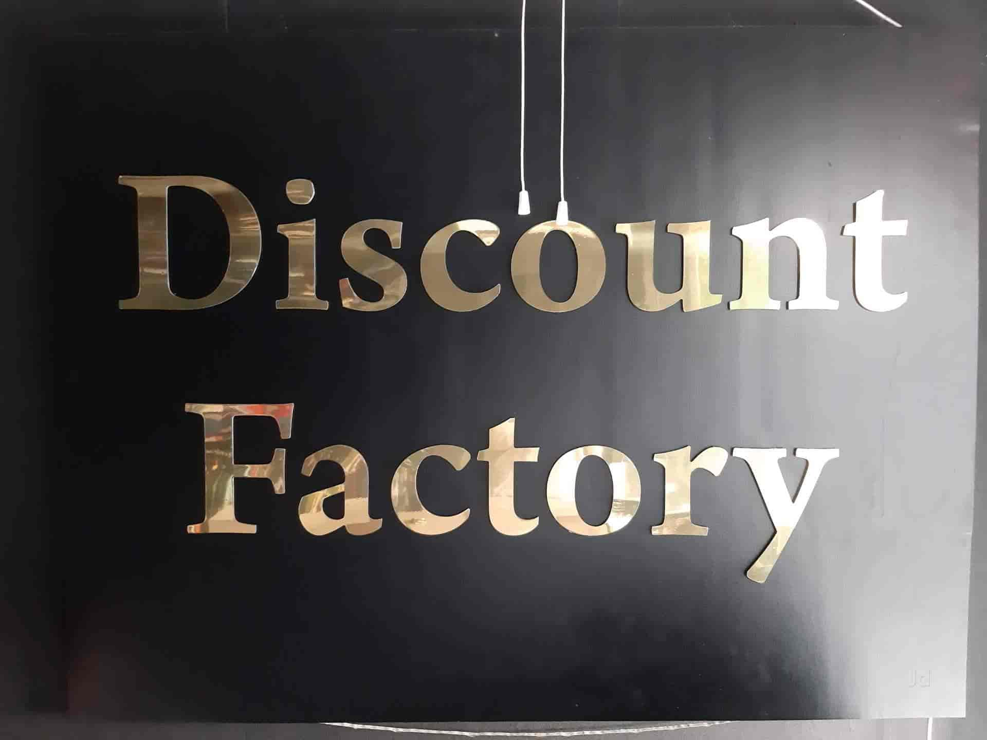 Discount Factory, Mansarovar - Men Readymade Garment