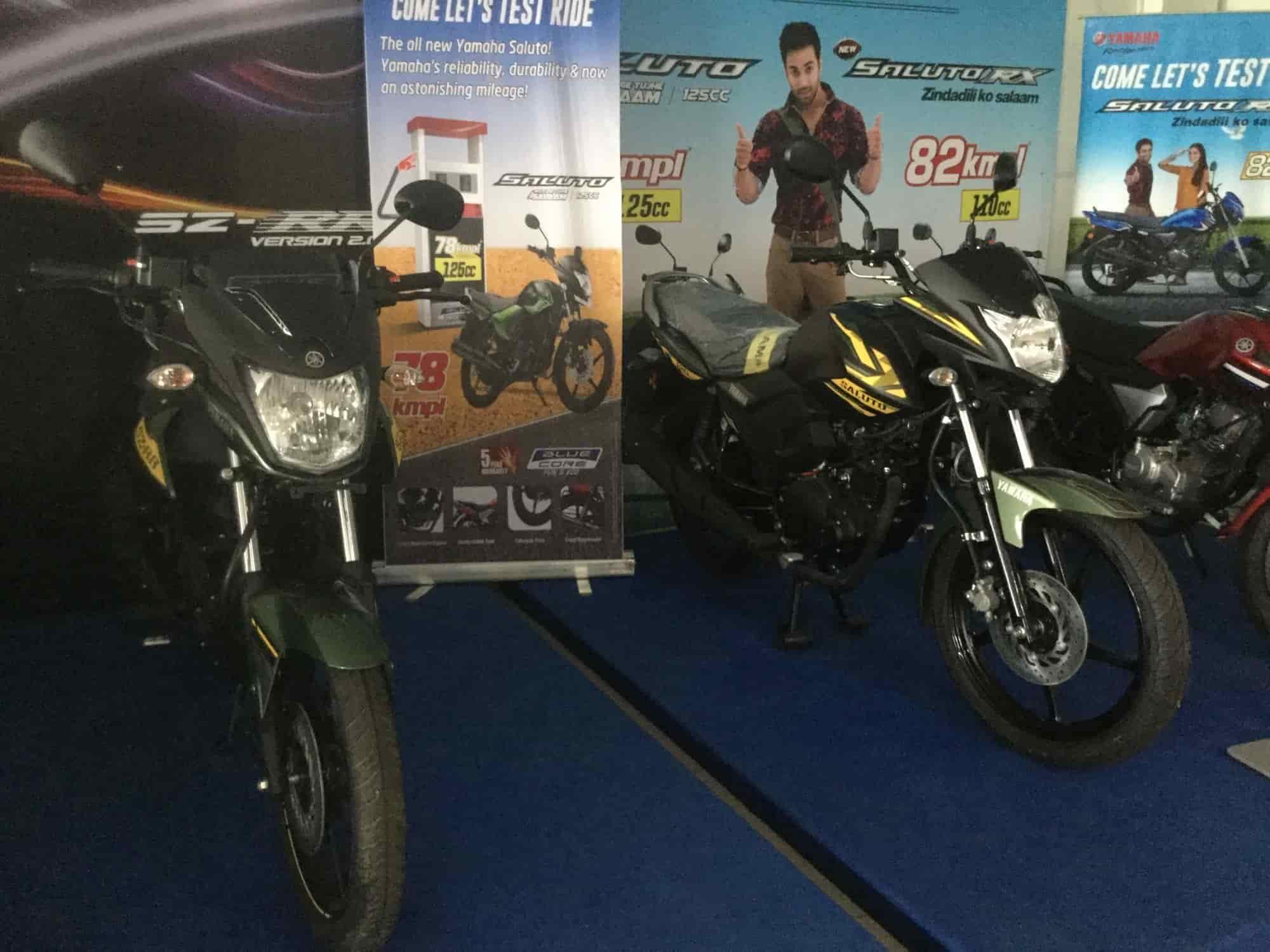 Birendra Motors, Jajpur Road Railway Station - Motorcycle
