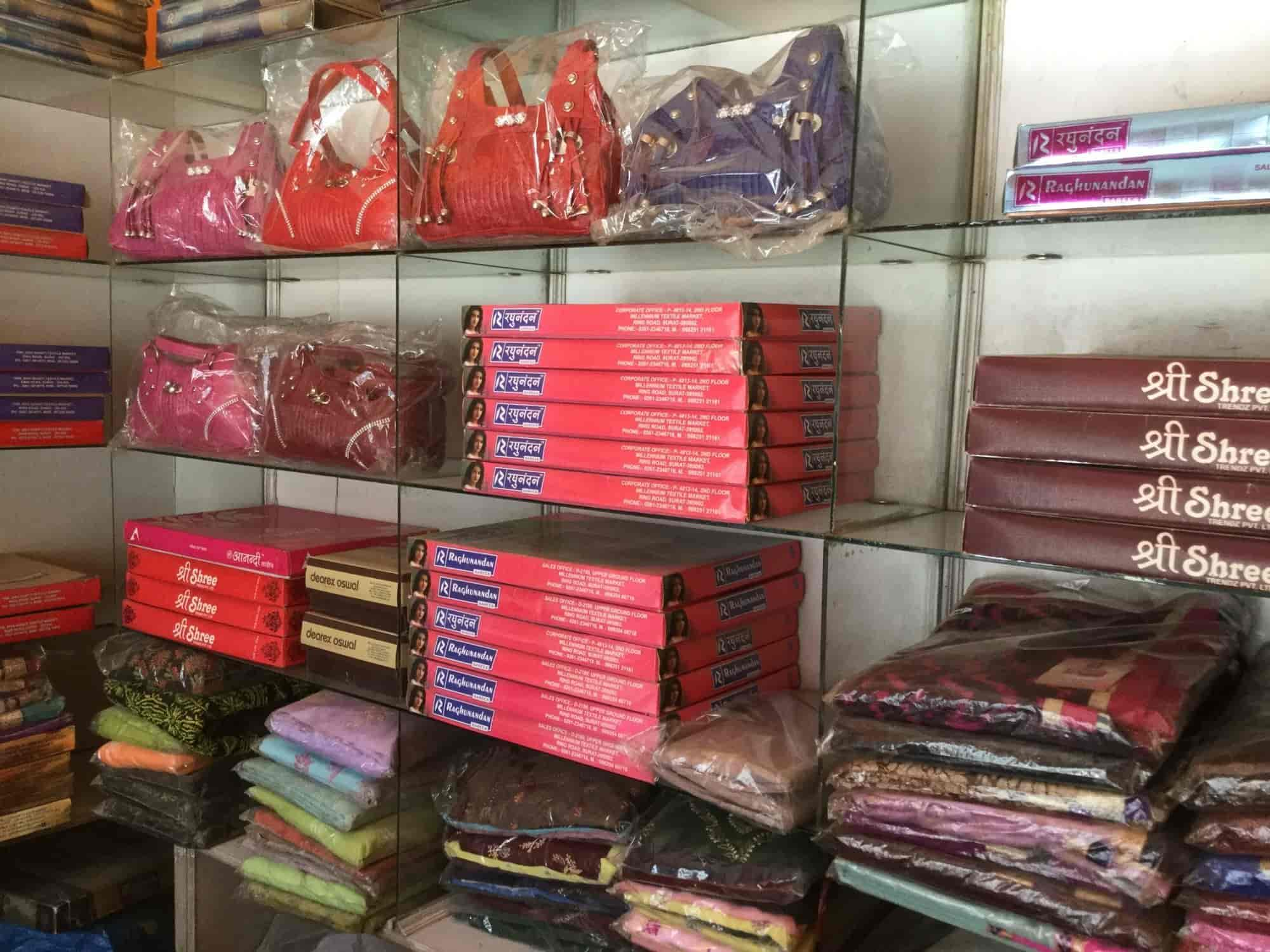 Mansa Suit Sarees Photos Gomti Nagar Lucknow Pictures Images Deorex Saree Retailers