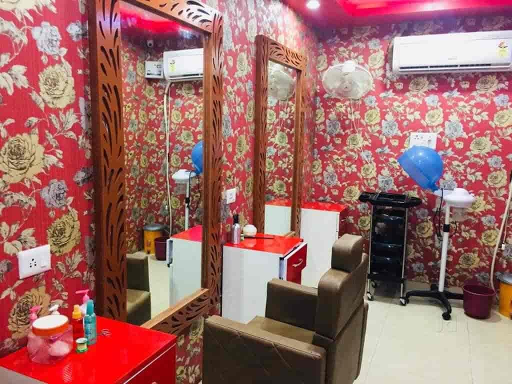 One Touch makeup & beauty salon, Jankipuram - Unisex Salons