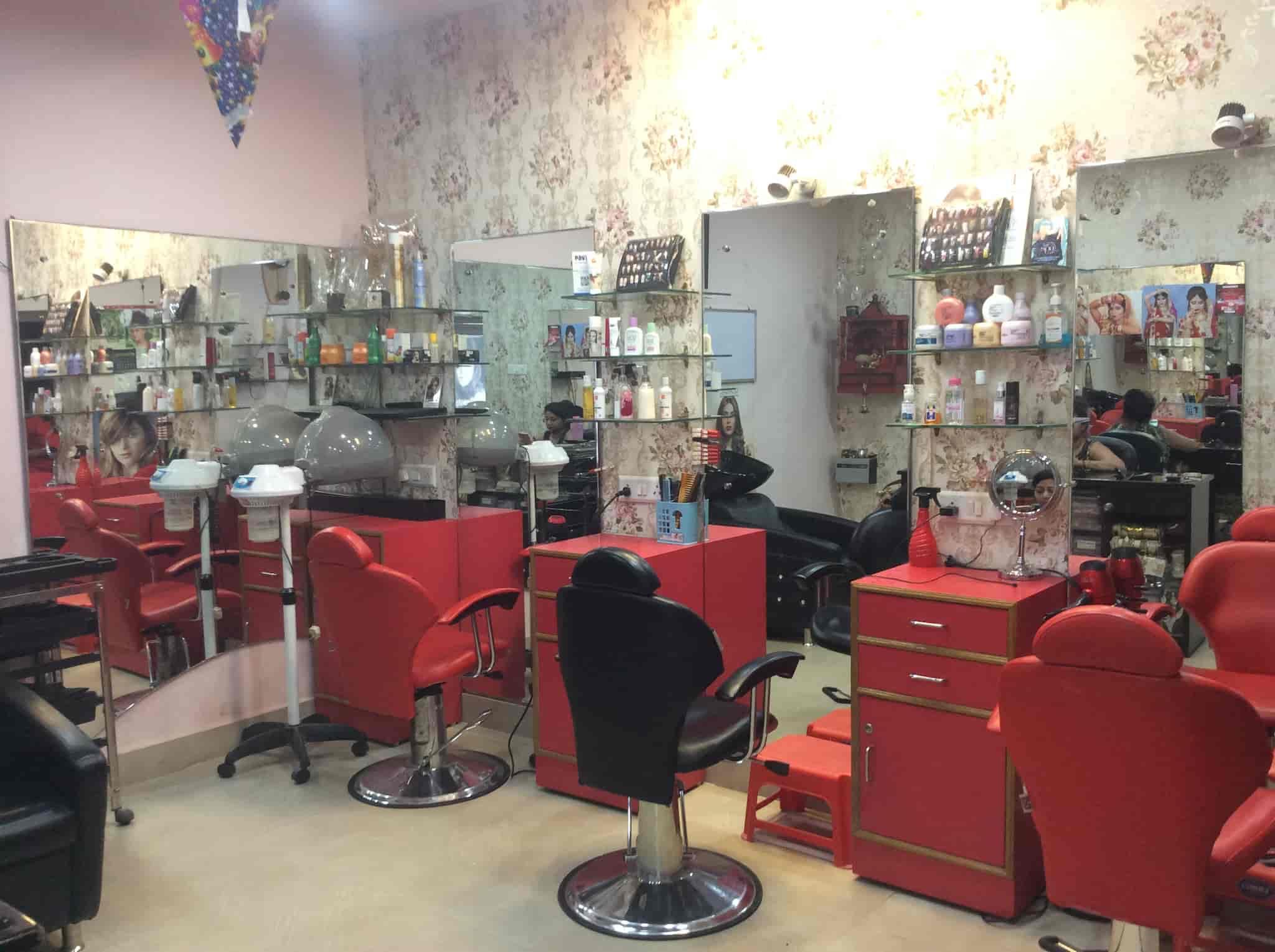 Neetu Sri Makeup Nail Art Studio Photos, Indira Nagar, Lucknow ...