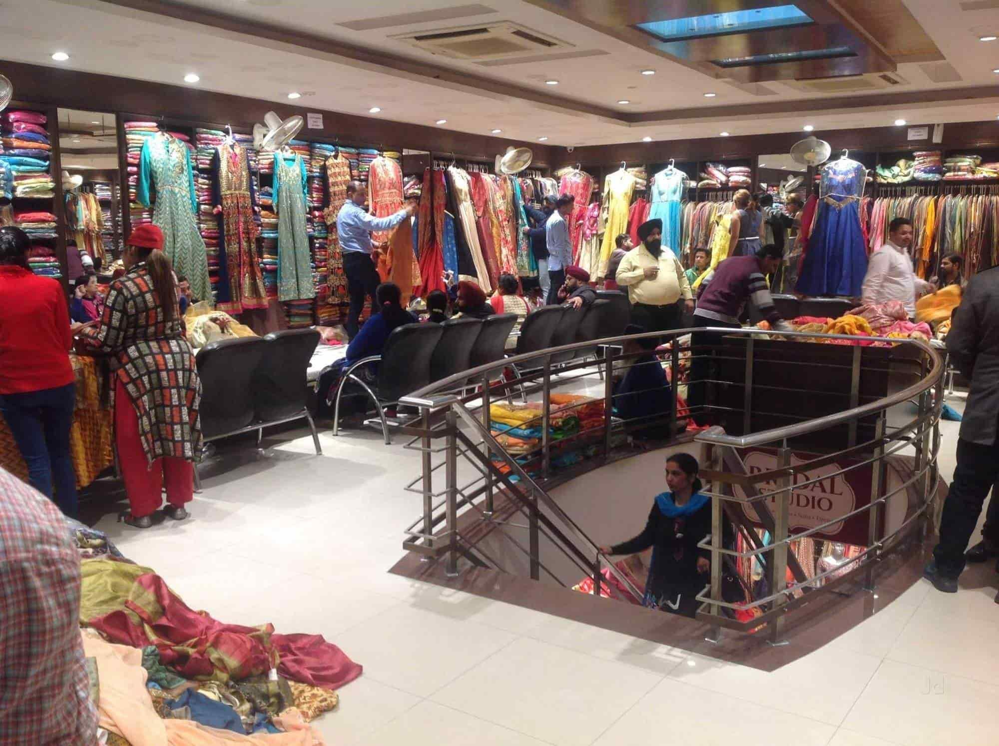 Balbir Store, Model Town - Saree Retailers in Ludhiana
