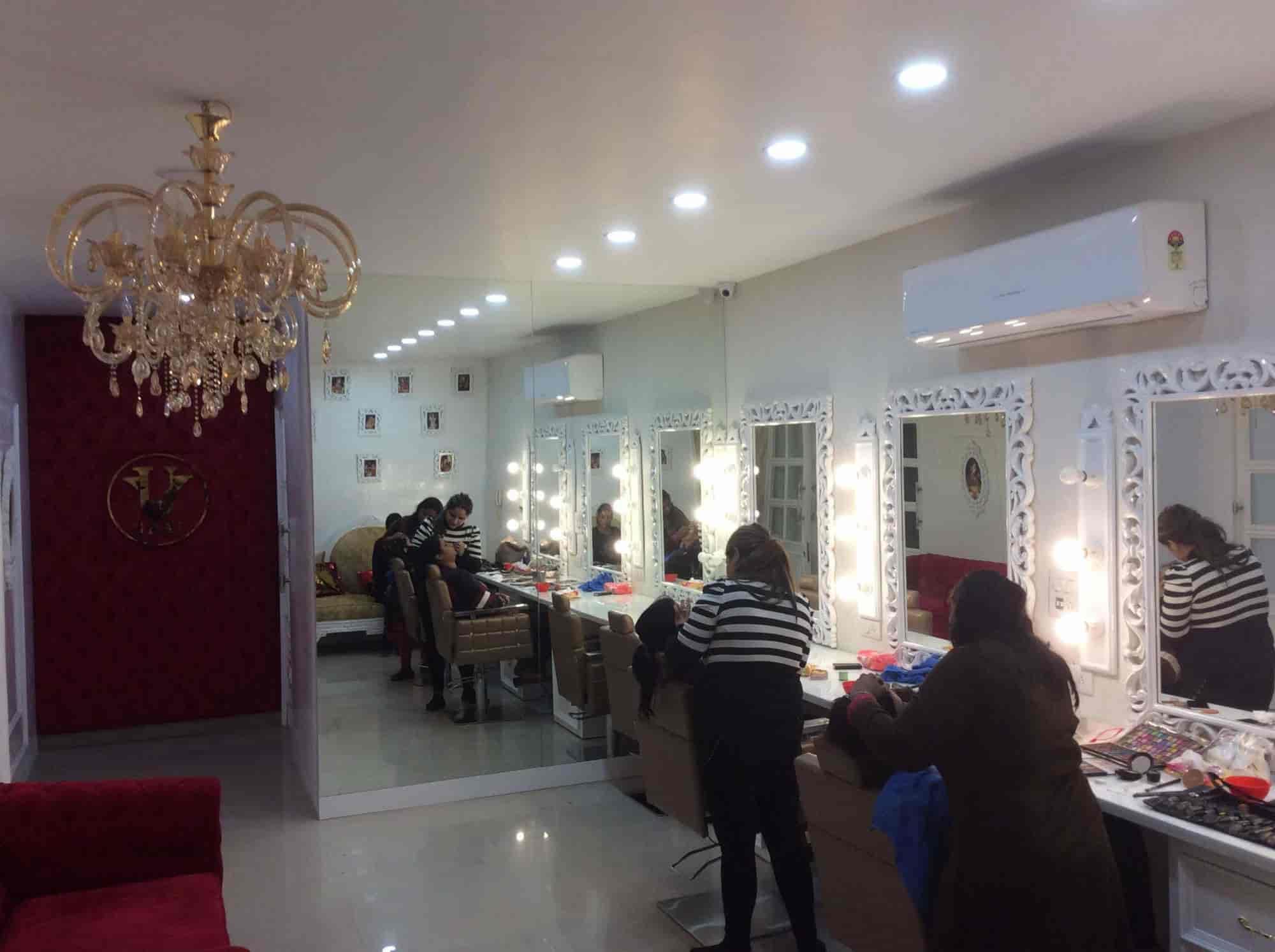uv ghai bridal makeup studio academy photos aarti chowk ludhiana