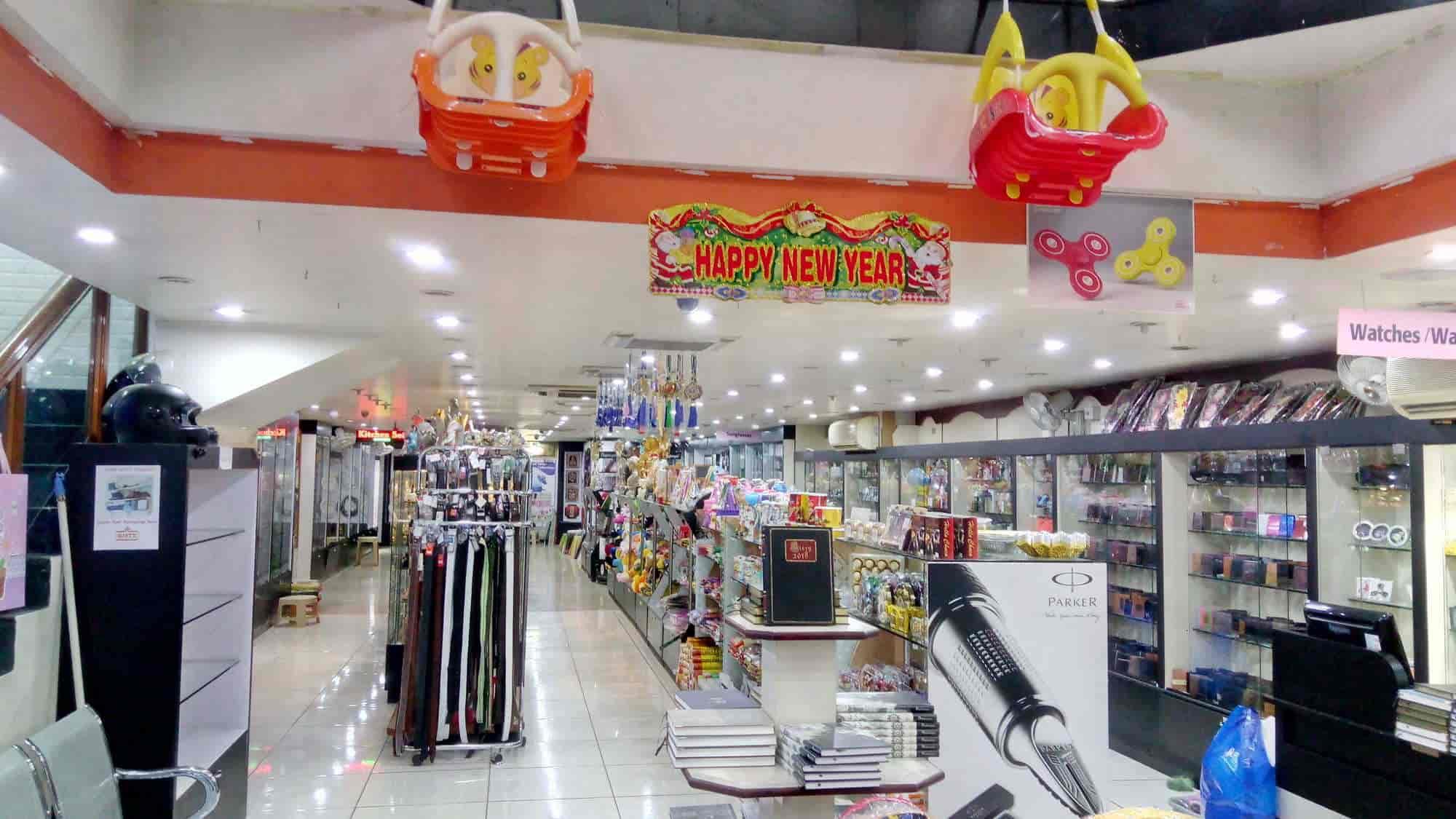 Giftz, Tallakulam - Photo Frame Dealers in Madurai - Justdial