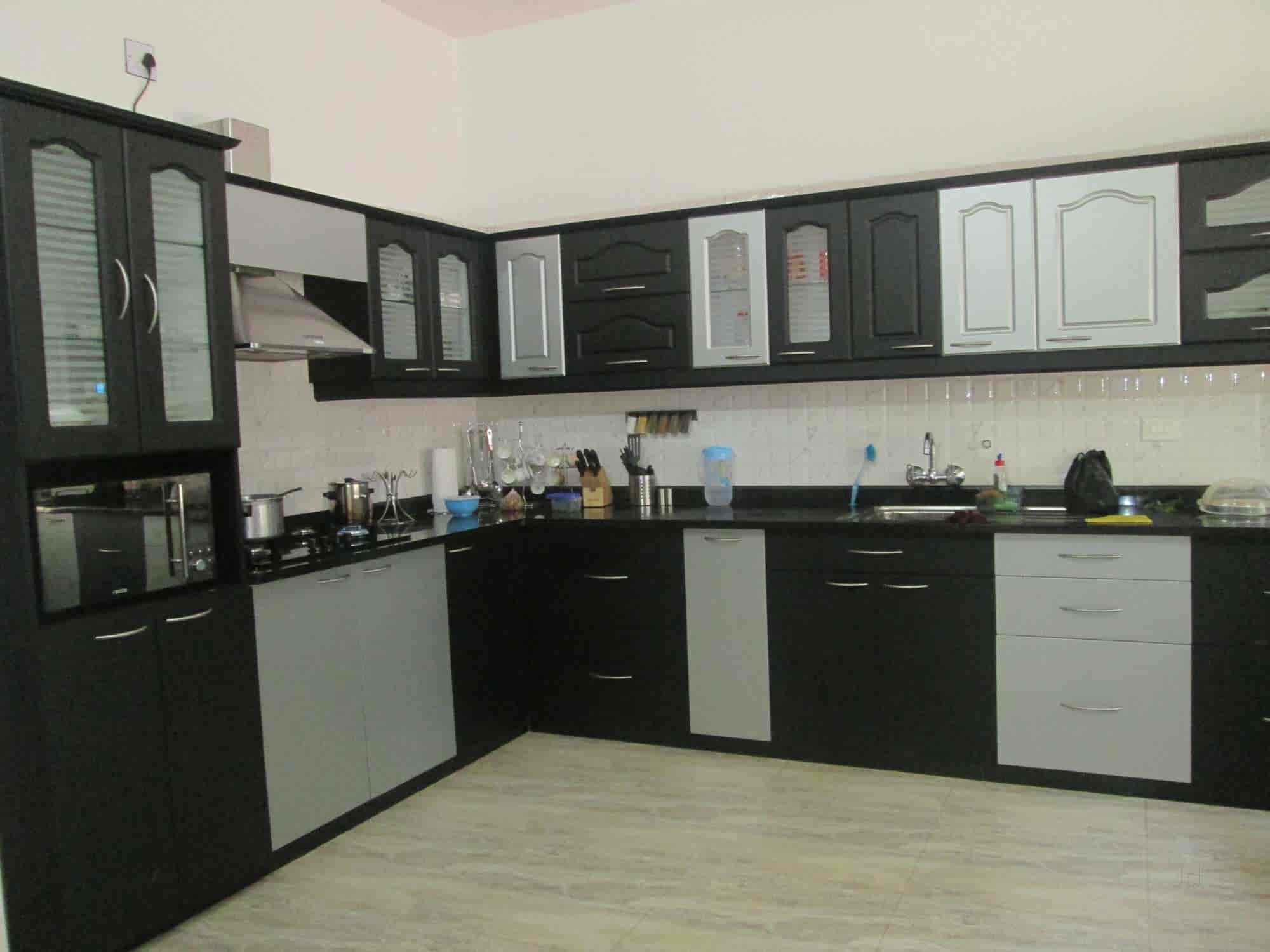 Royal Kitchen Kankanady Modular Kitchen Dealers in Mangalore