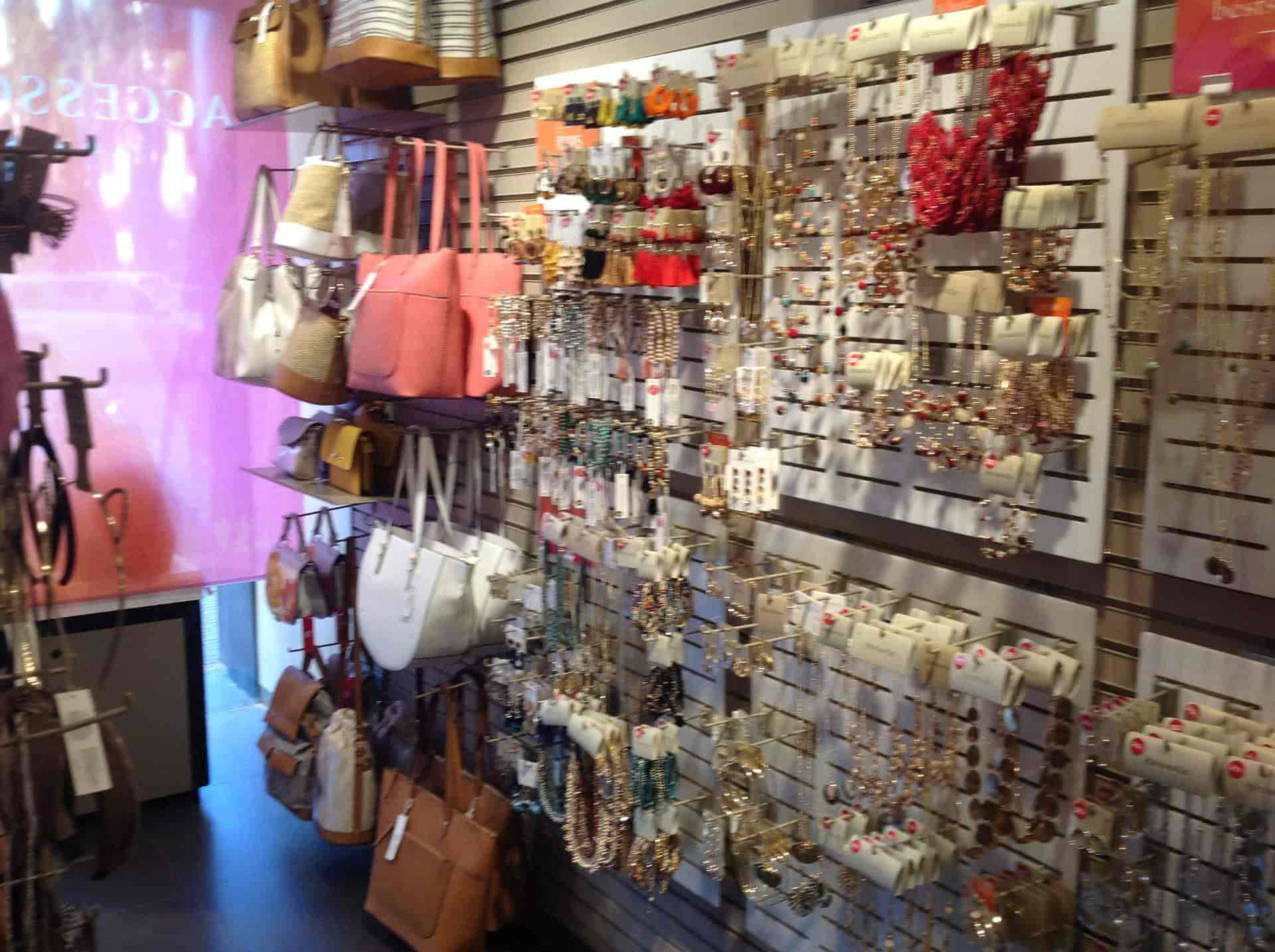 Accessorize Stores in Bandra West