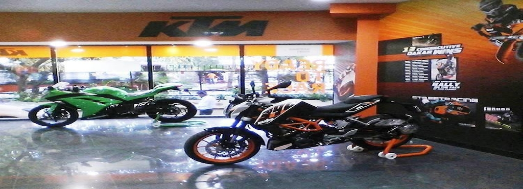 nariman point ktm & kawasaki (motorcycles showroom), nariman point