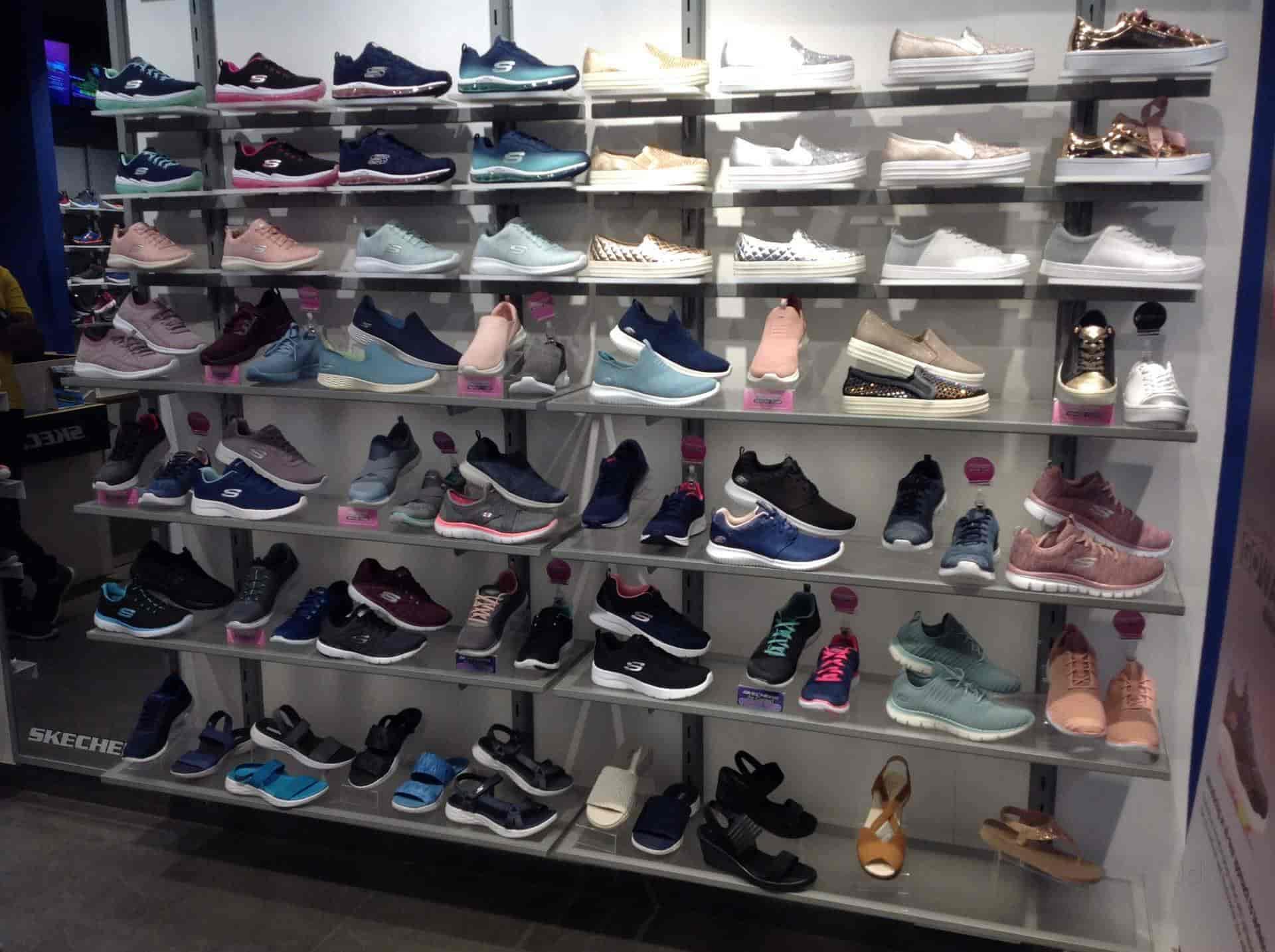skechers store near dwarka \u003e Factory Store