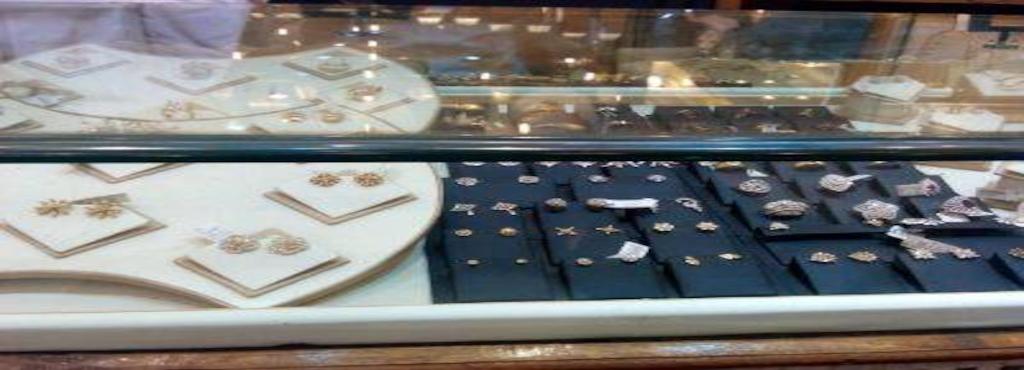 Raj Ratna Jewellers N Co