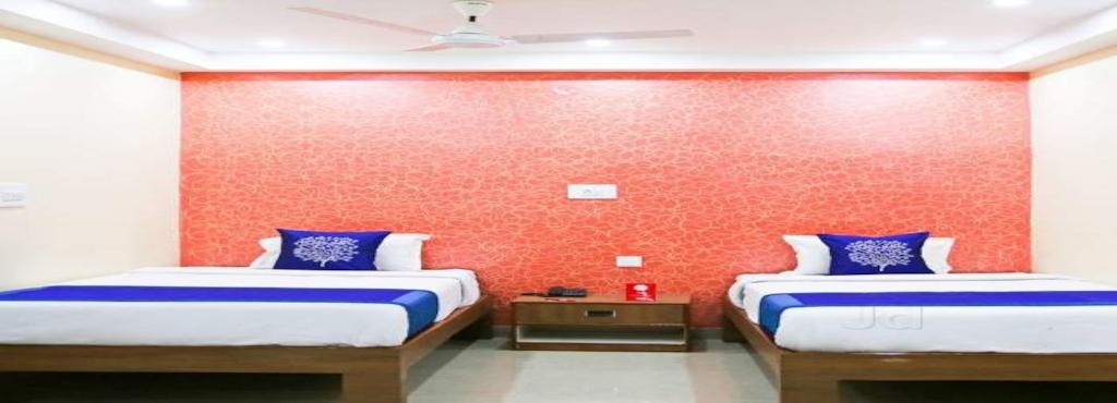 OYO 4101 Hotel D P International - Hotels in Patna - Justdial