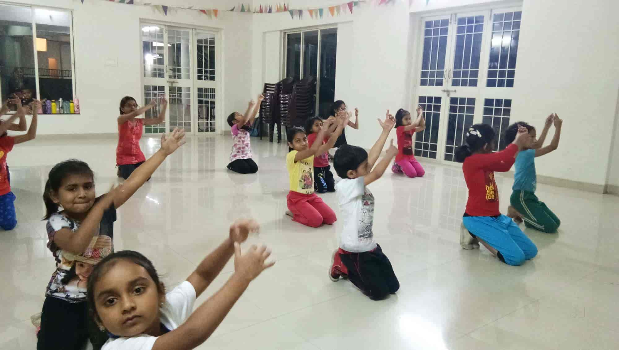 saurabhs dance academy warje dance classes in pune justdial