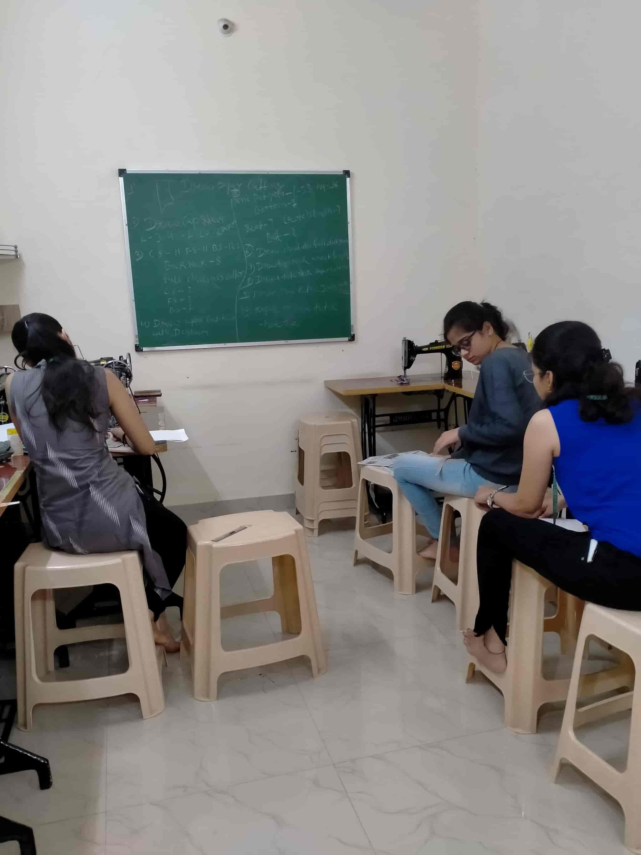 Top 50 Fashion Designing Institutes In Raipur Chhattisgarh Best Fashion Designing Colleges Justdial