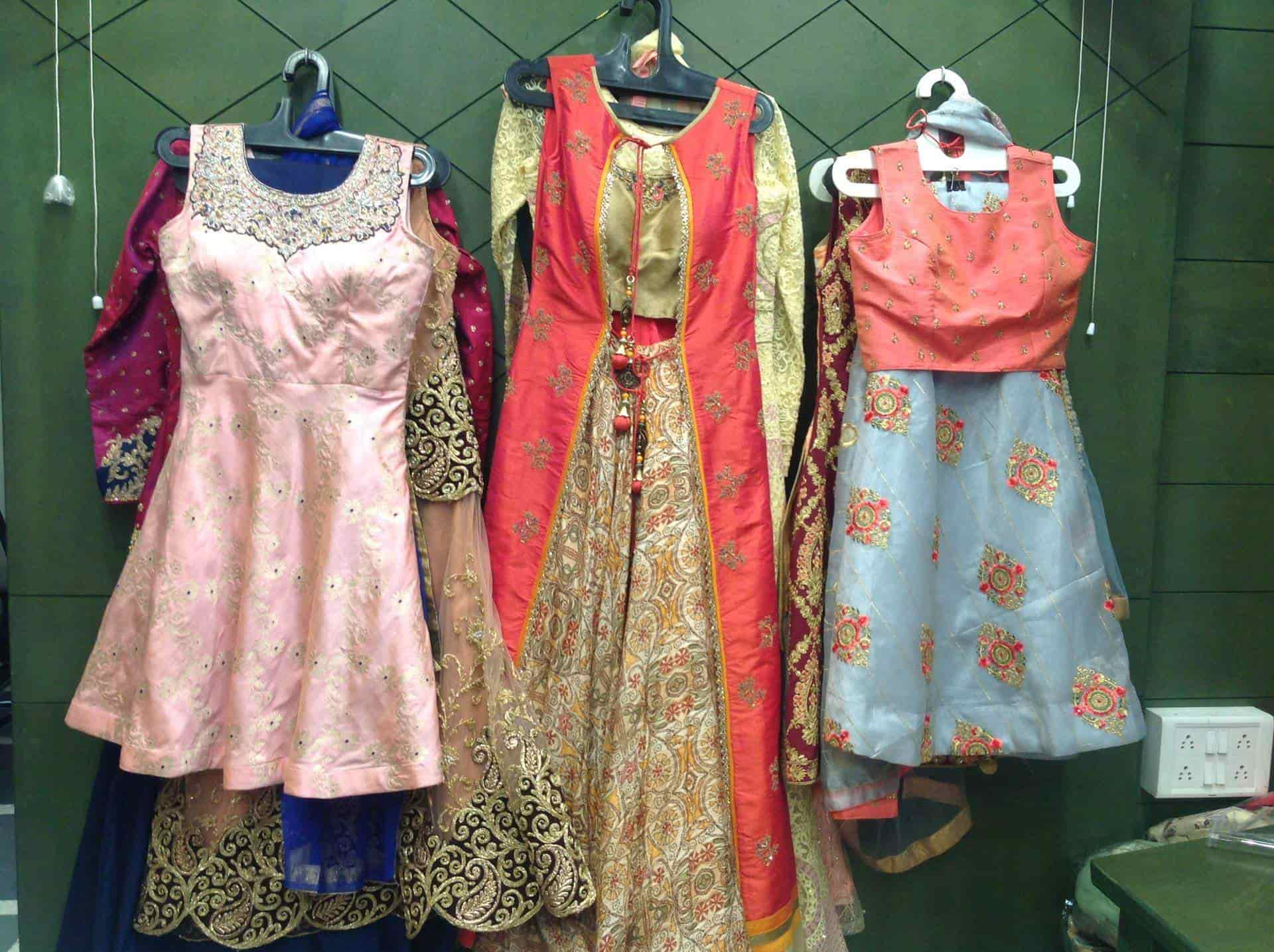 Fashion Designers In Vadodara Clothes For Men Women Kids Vadodara Justdial