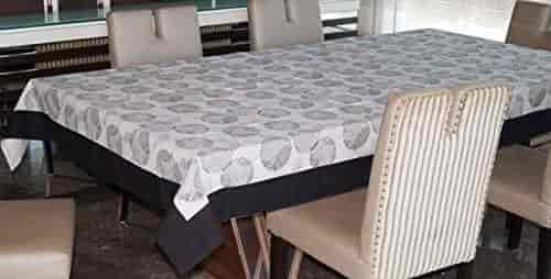 """Damask Scroll 52/""""x70/"""" Vinyl Tablecloth with Flannel Backing DFLN-70//DS"""