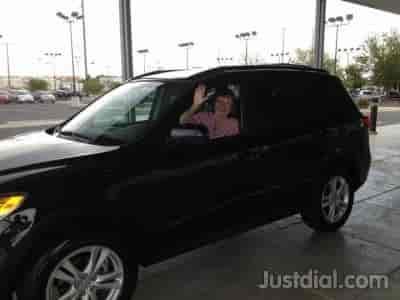 Scholfield Hyundai West Near N Emerson St N Sunset Dr Ks Wichita